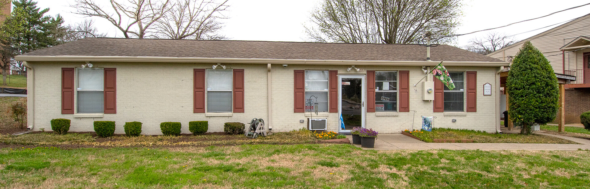 Slideshow image 5Dupont Avenue   Apartments in Madison  TN. One Bedroom Apartments Madison Tn. Home Design Ideas